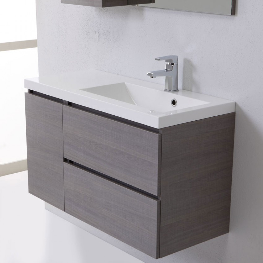 Arredo bagno tra sfumature di grigio e comodit kv blog - Mature in bagno ...