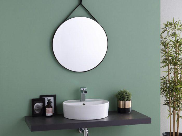 specchio d'arredo con cornice in ecopelle