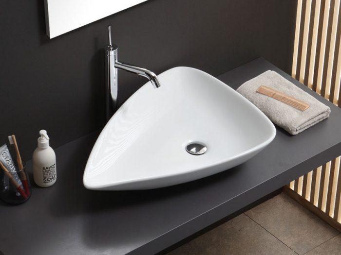 lavabo d'arredo in ceramica