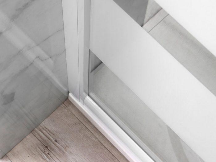 box doccia con telaio in alluminio verniciato