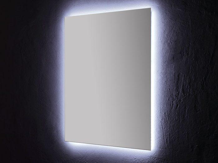 Specchio con illuminazione integrata a led