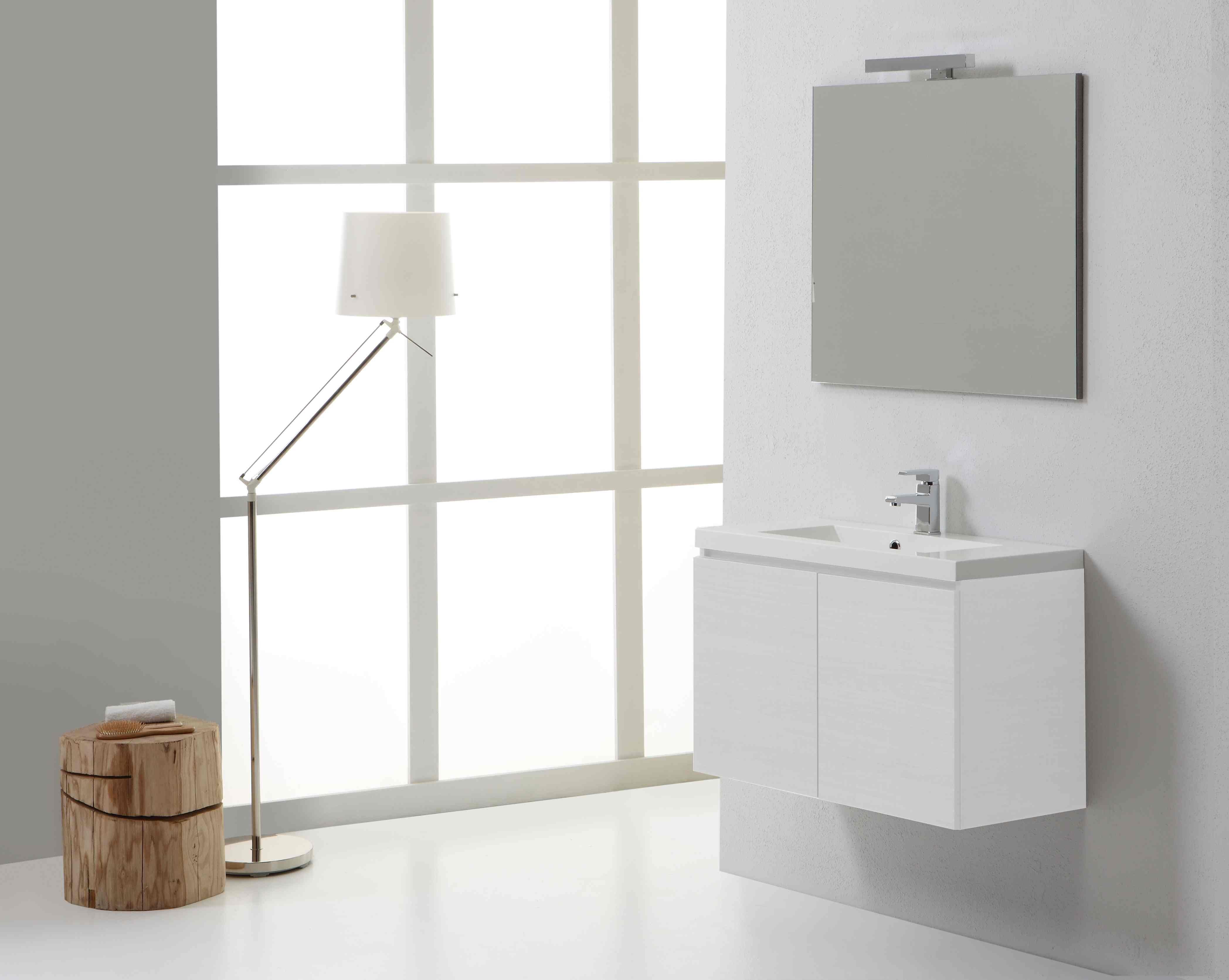 Mobile bagno manhattan cm con due ante specchio e lampada in